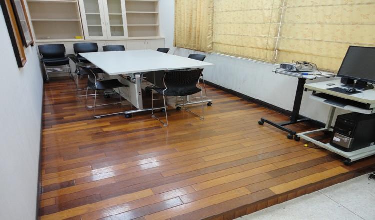 1508A博士班專題研究室